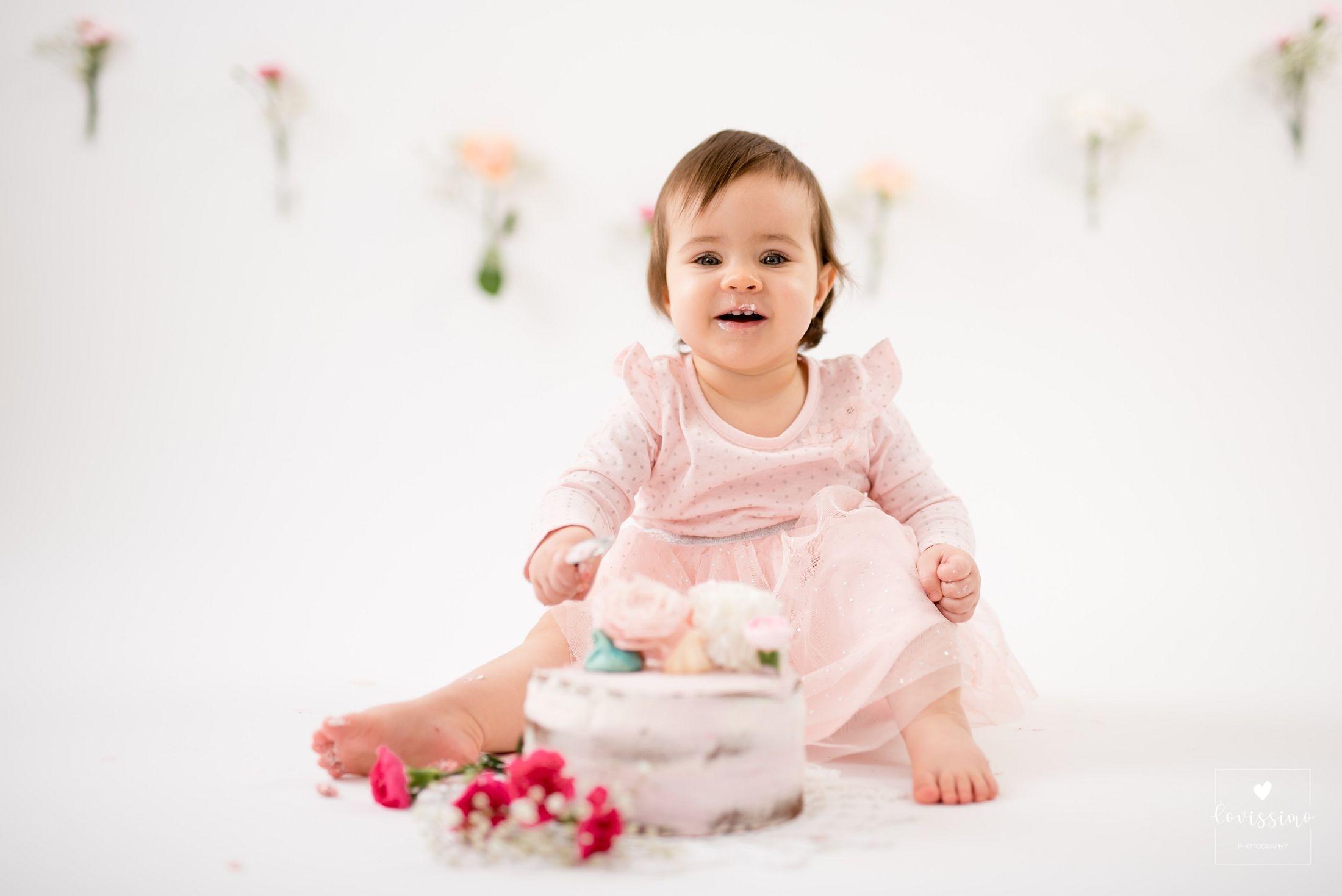 Sesja urodzinowa Madzi z tortem, czyli cake smash!